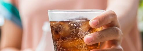 Rien ne vaut un verre de coca après avoir mangé pour une bonne digestion