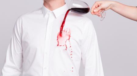 Le coca enlève toutes les taches sur vos vêtements
