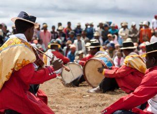 Le Hira Gasy: la culture malgache en chanson !