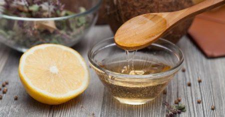 L'huile de ricin est comestible, mais ne doit pas toutefois être consommée n'importe comment