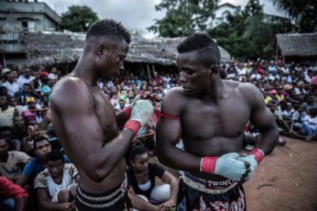 Ce sport fait aussi office de divertissement pour les combattants et les spectateurs