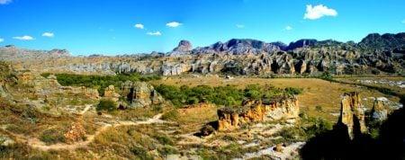 Isalo, un des parcs nationaux de Madagascar ayant une superficie de 81 540 hectares