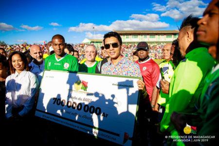 Juste avant le début de la CAN Total 2019, en juin, l'État a montré l'exemple en appuyant financièrement les Barea de Madagascar
