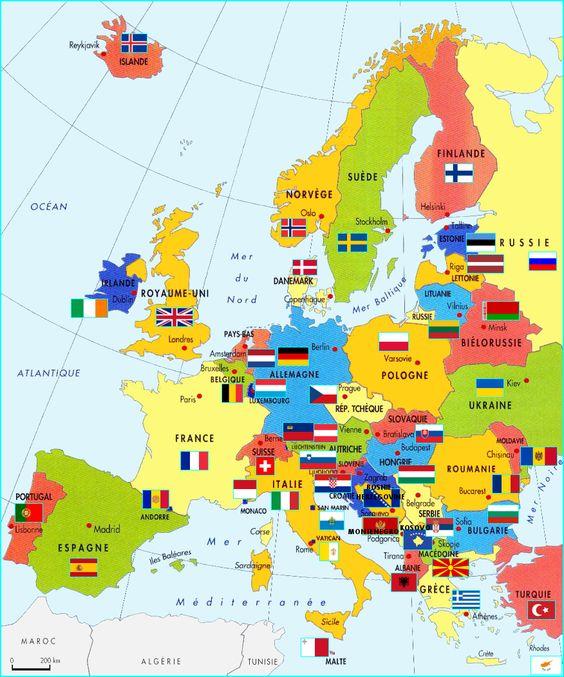 Les pays du continent européen, avec leurs drapeaux et capitales