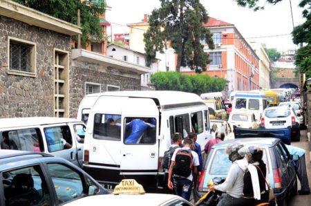 Gare aux embouteillages, si vous voulez vivre à Madagascar