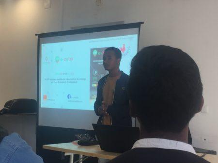 Landry MAHASAINA, fondateur de Lemuriia E-zotra, la première solution de réservation de transport national en ligne à Madagascar