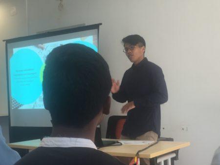 Nandrianina RATSIMANDRESY, conférencier sur la technologie au service de l'économie collaborative, cas de l'Afrique