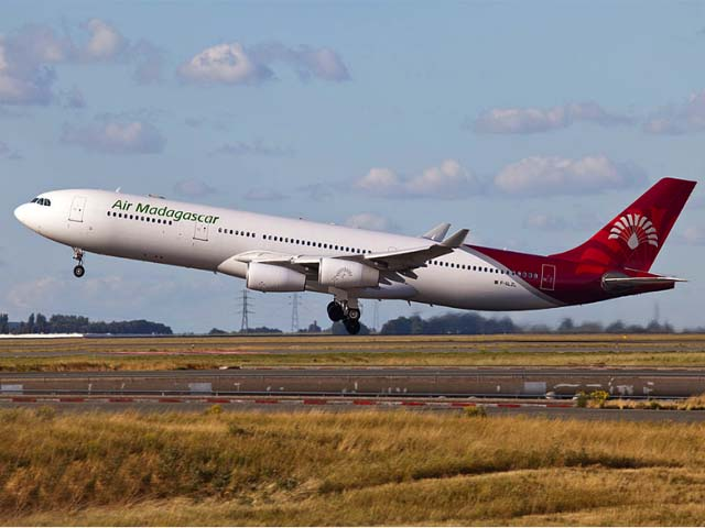 Avion Air Madagascar à l'aéroport Antananarivo Ivato