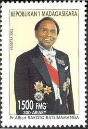 Timbre à l'effigie du Pr. Rakoto-Ratsimamanga
