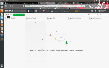 Můžete si přizpůsobit svůj dashboard a vybrat informace, které se zobrazí na Pipedrive