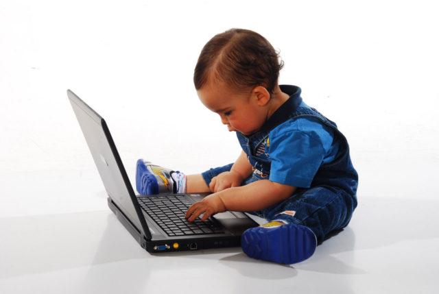 El aprendizaje ahora tiene lugar digitalmente, especialmente para los niños pequeños.