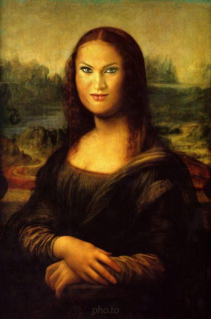 héhé, a tady je krásná replika Mona Lisa, důl slávu Leonarda da Vinci xD