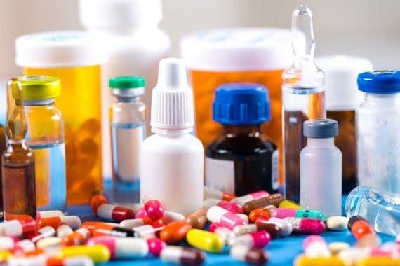A veces las drogas son caras y la gente se somete automáticamente a la medicina tradicional.