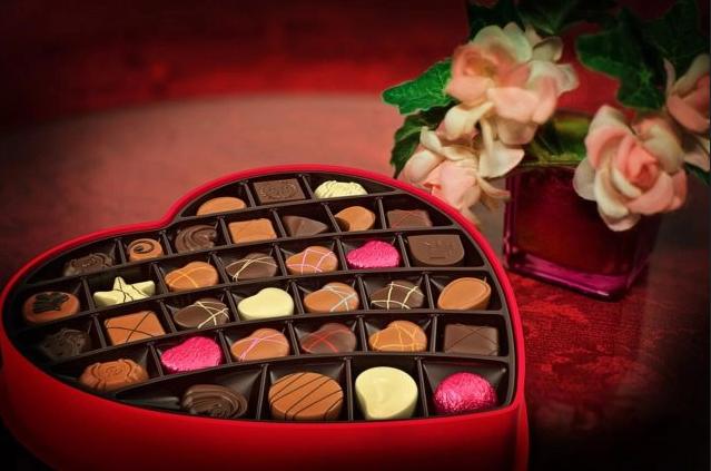 ¿El día de San Valentín siempre rima con flores y chocolate? ¡No necesariamente!
