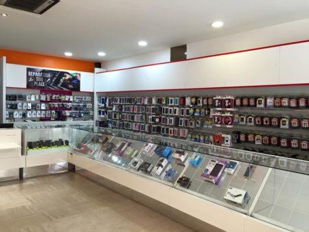 La compra de un teléfono en Madagascar se realiza principalmente en tiendas especializadas.