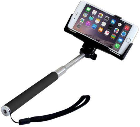 Alguien tuvo que sacrificarse y no aparecer en la foto antes de la invención del selfie stick