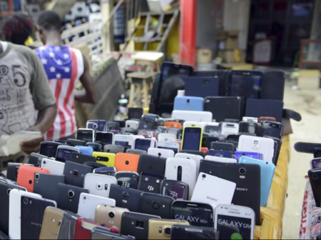 El 19% de los tananarivianos compran sus teléfonos en la calle.
