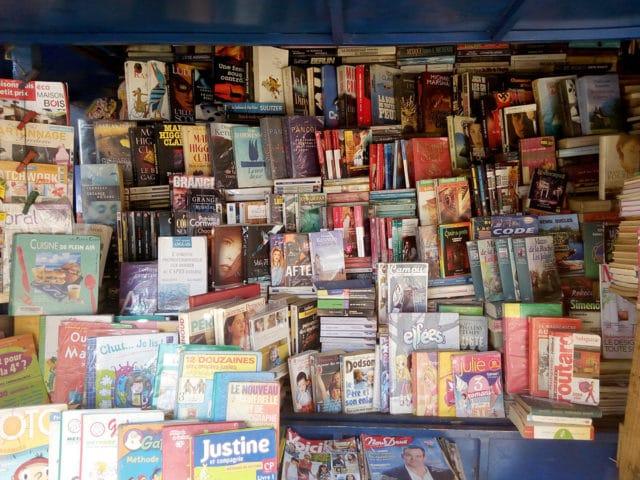 Na Madagaskaru se typologie literárních žánrů mění podle čteného jazyka