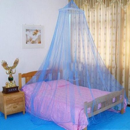 In the fight against mosquitoes, the people of Tananarivo mainly use mosquito nets.