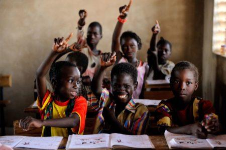 Los padres, los educadores y el Estado deben cooperar para el éxito de la educación malgache