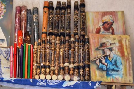 The Tananarivian can only look at the products of Malagasy Art because he can't buy them.