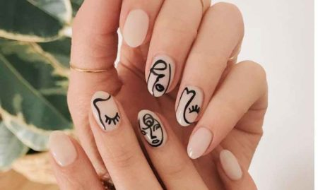 The nail art is more and more in vogue since a few years.