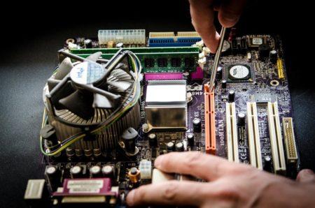 El ingenio con malgache también se aplica a las computadoras averiadas