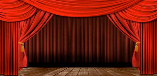 Tantaras are like the theatre: the more the actors overact, the more the atmosphere.