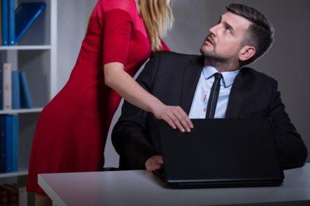 Por increíble que parezca, los hombres también son víctimas de acoso