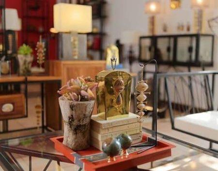 Algunos ciudadanos hacen pequeñas locuras con productos de arte malgache para su placer personal