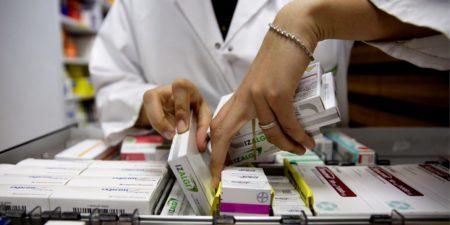 Většina občanů stále chodí do lékárny