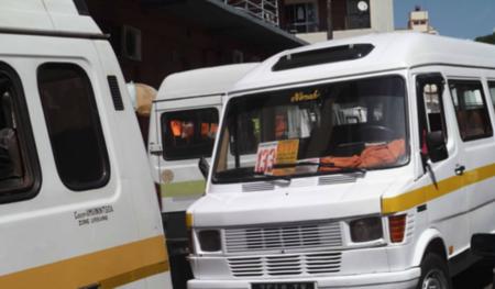 Antananarivo je známé svými autobusy, které způsobují dopravní zácpy